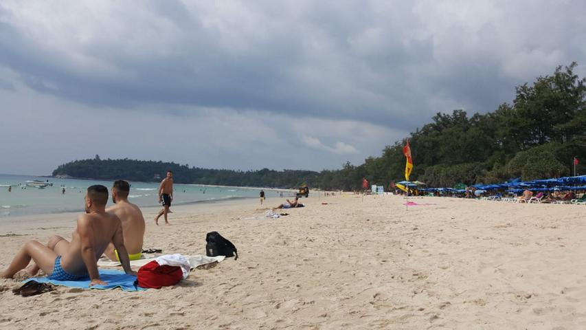 Patong Beach, unser erster Strand in Thailand