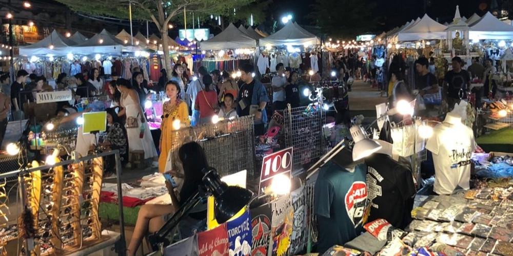 Chillva Night Market in Phuket Town