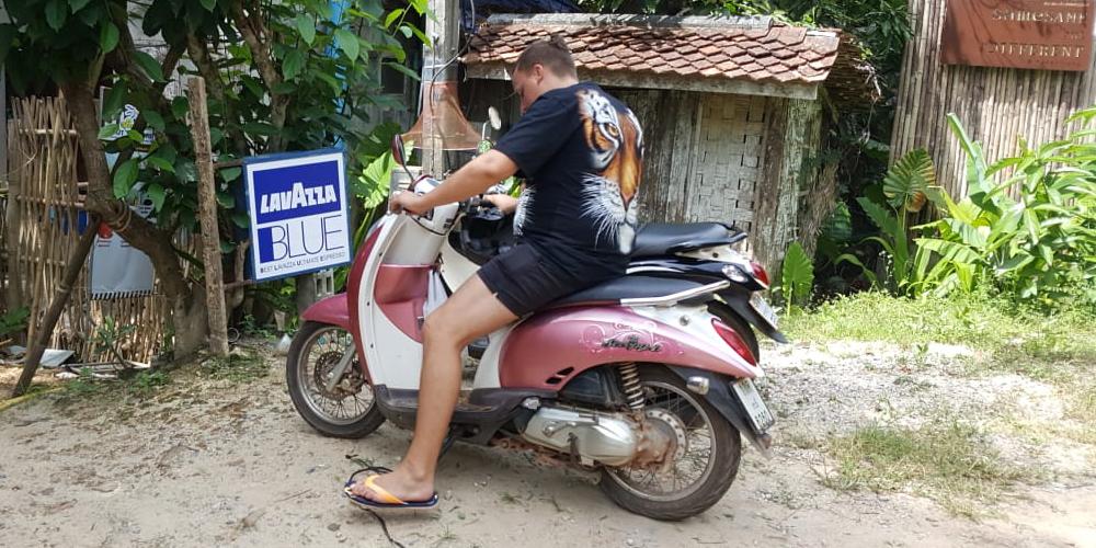 In Thailand einen Roller leihen und seine Vorteile und Nachteile